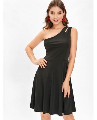 Cut Out One Shoulder Flare Dress - Black L